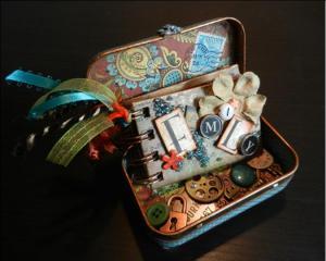 altoid tin and mini book